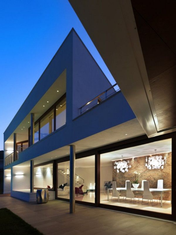 Modern Luxury Home In Cuneo Italy By Architect Duilio Damilano - Horizontal-space-by-duilio-damilano