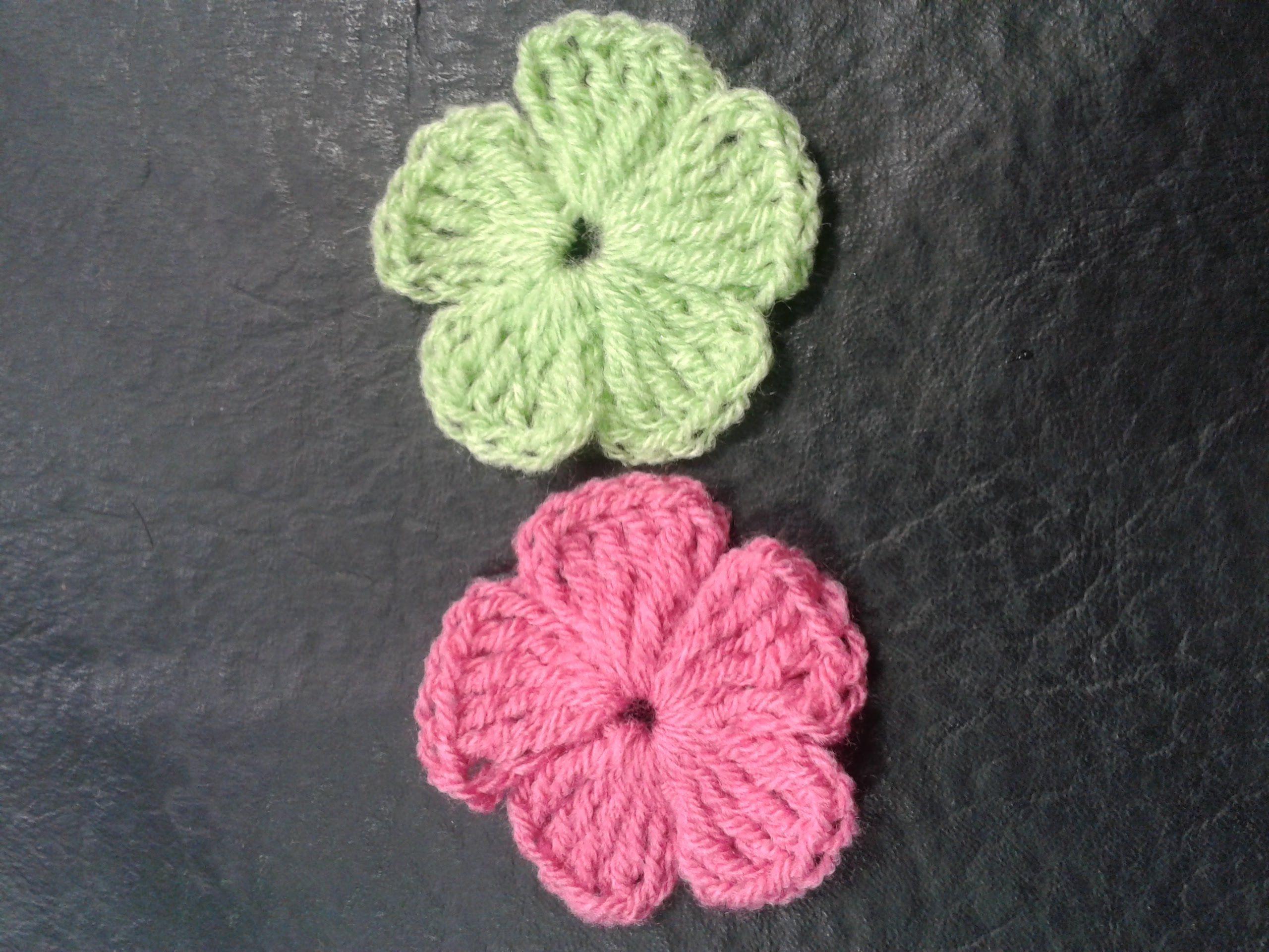 Como tejer flores de 5 petalos a crochet muy facil!// Tejemos ...
