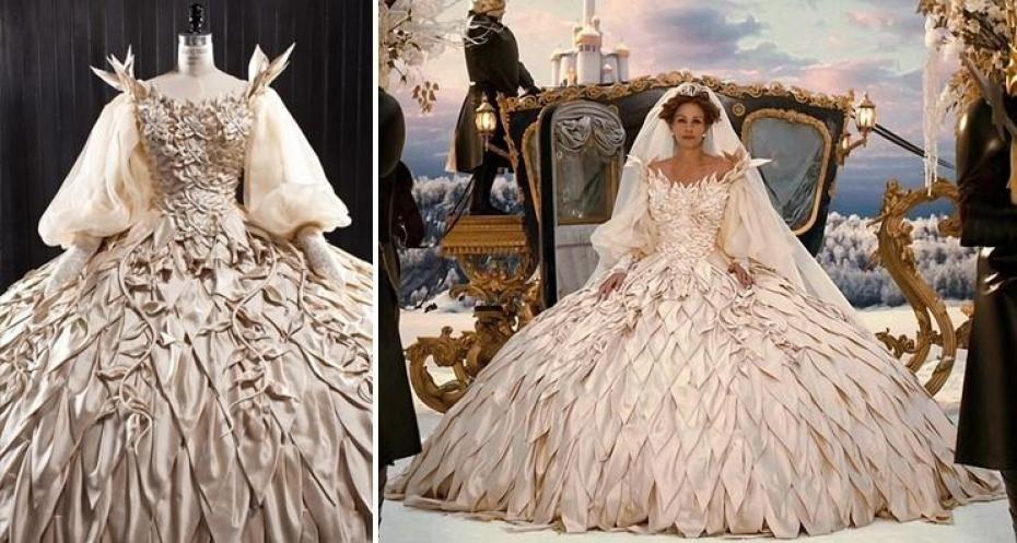 Swarovski une des robes de julia roberts dans blanche - Robe de blanche neige ...