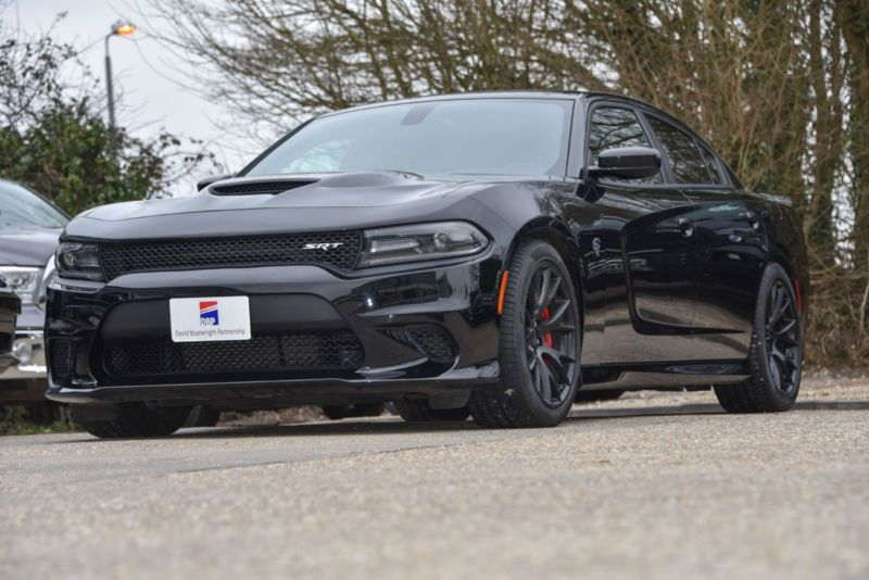 Dodge Charger Hellcat 707 Bhp Pitch Black Dodge Charger Hellcat Black Dodge Charger Dodge Charger