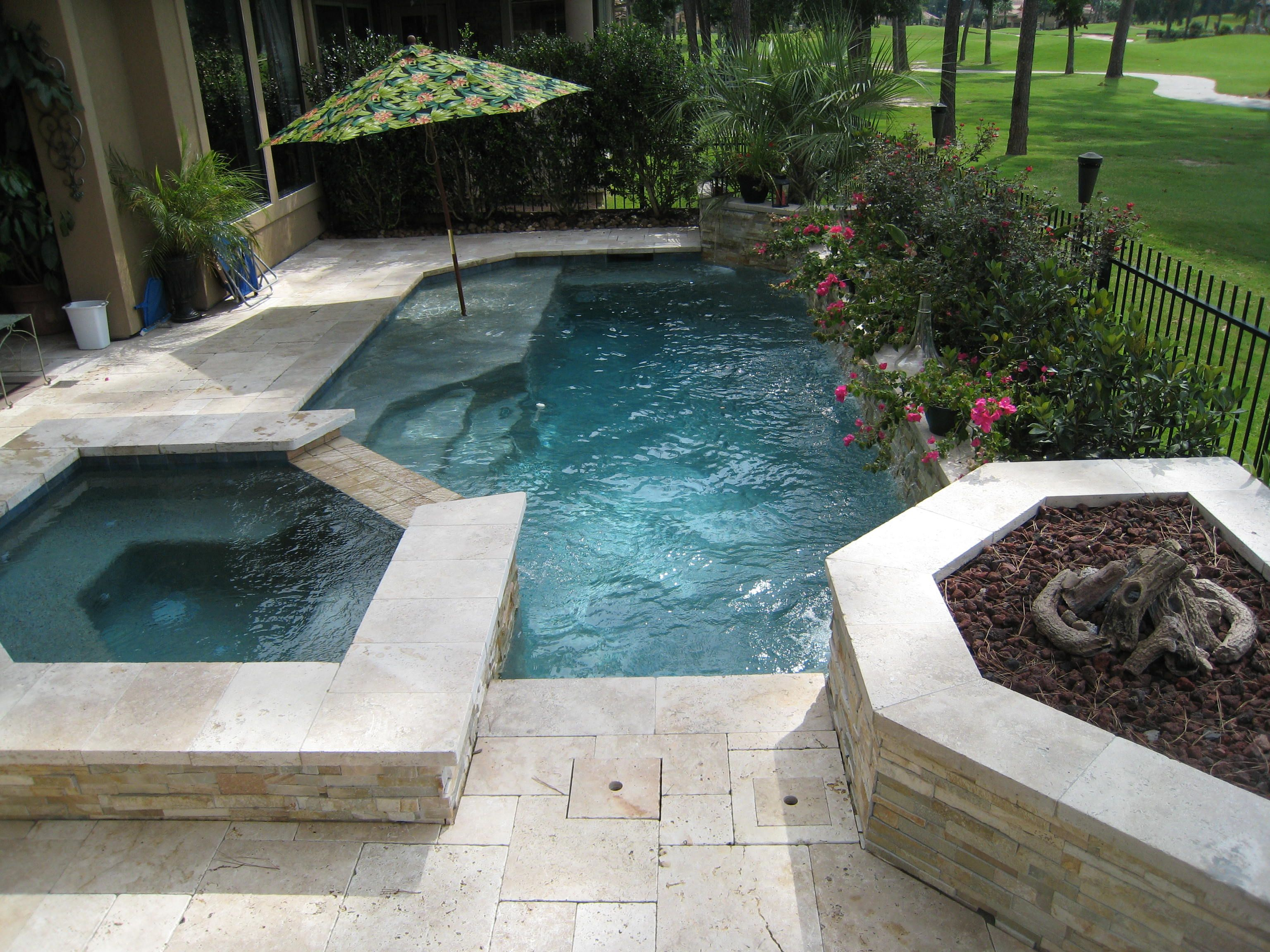 Small Space With Everything You Need, Spa, Firepit And Tanning