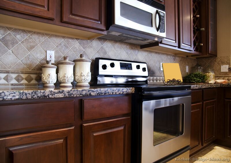 Kitchen Design Ideas Visit Our Website To Discover Thousands Of Pictures Kitchens Expert Remodeling Advice And Fresh Help You Plan