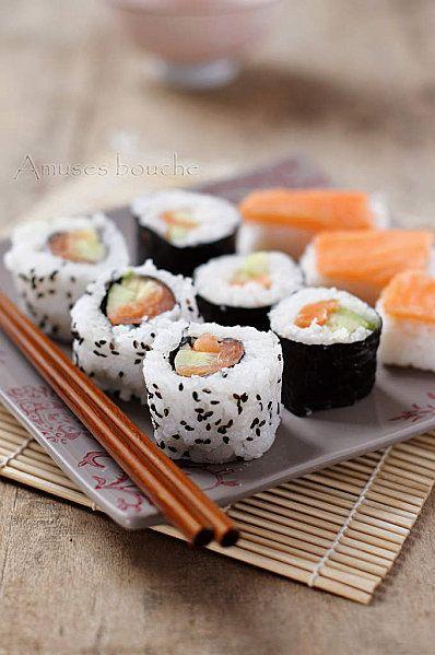 sushi maki california rolls un jeu d enfant california rolls rolls and food. Black Bedroom Furniture Sets. Home Design Ideas