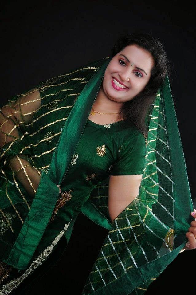 Sexy photos of malayalam serial actresses