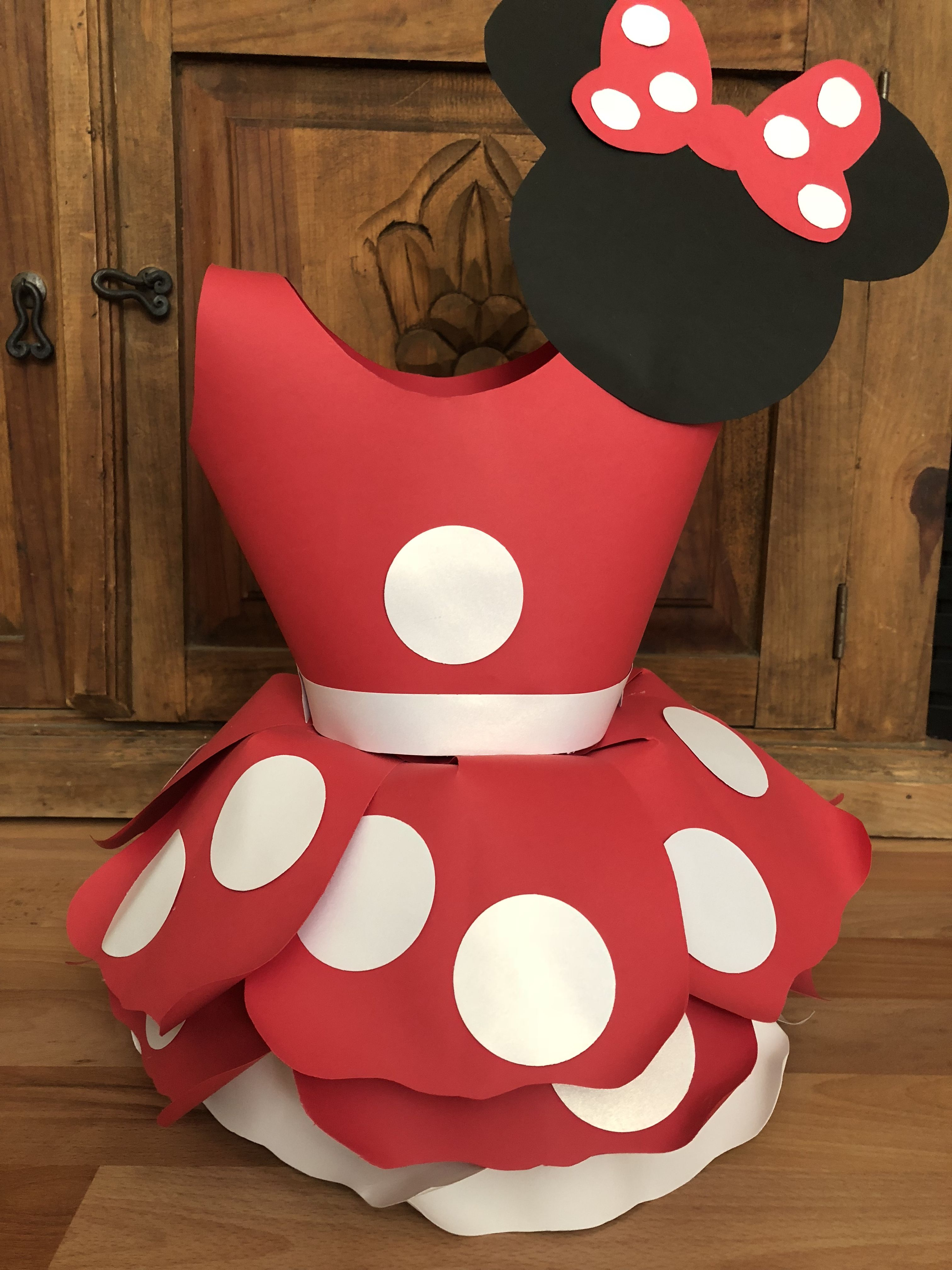 Verbazingwekkend Minnie Mouse Paper Flower Centerpiece Dress. Approximately 20 HK-91