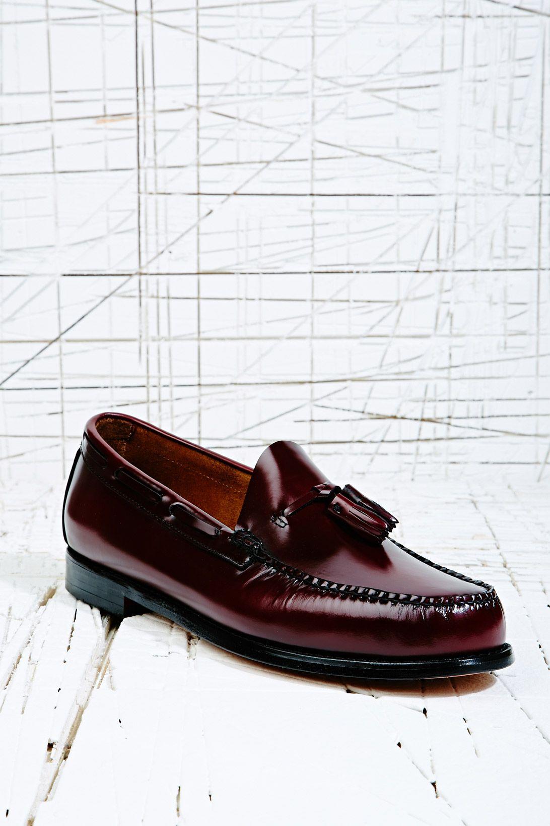 http://www.urbanoutfitters.co.uk/bass-weejuns-larkin-tassel-loafer-in-burgundy/invt/5322446043339/