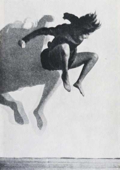 Possibly Gret Palucca From Zhivopis Ili Fotografiya Malerei Fotografie Film Bauhaus Bucher 8 Edited By Moholy Nagy Laszlo Moholy Nagy Dance Photography