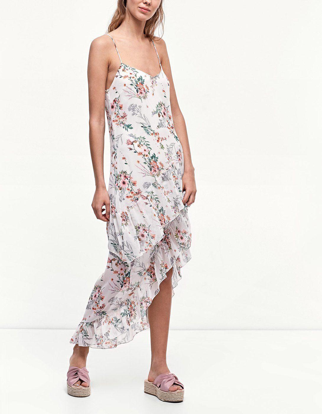 Φόρεμα εμπριμέ με βολάν Μόδα Μποέμ fd61bccf474