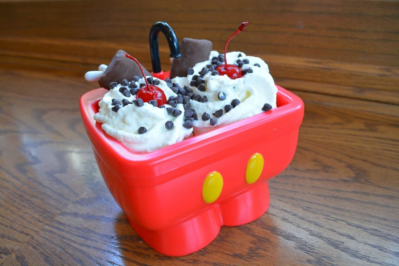 Stop In At Clarabelle S To Get An Oswald Sundae Served In The Souvenir Mickey S Kitchen Sink Disney Desserts Sundae Disney Food