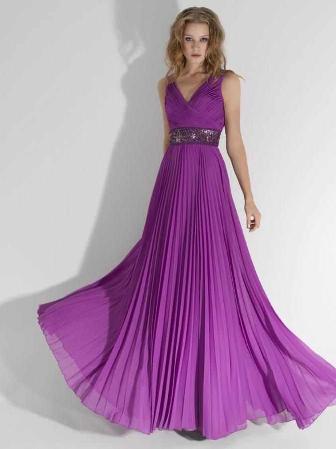 Vestido de noche color morado | Dress codes, Vestidos and Gowns