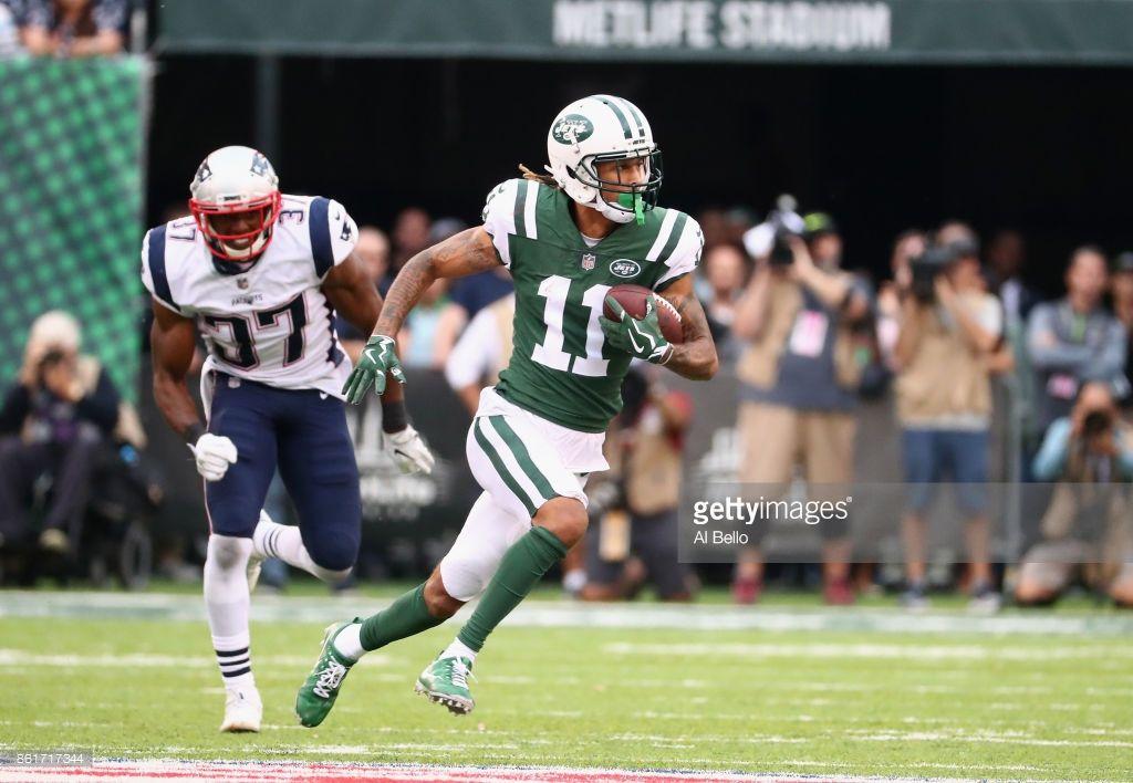 New England Patriots v New York Jets News Photo (With