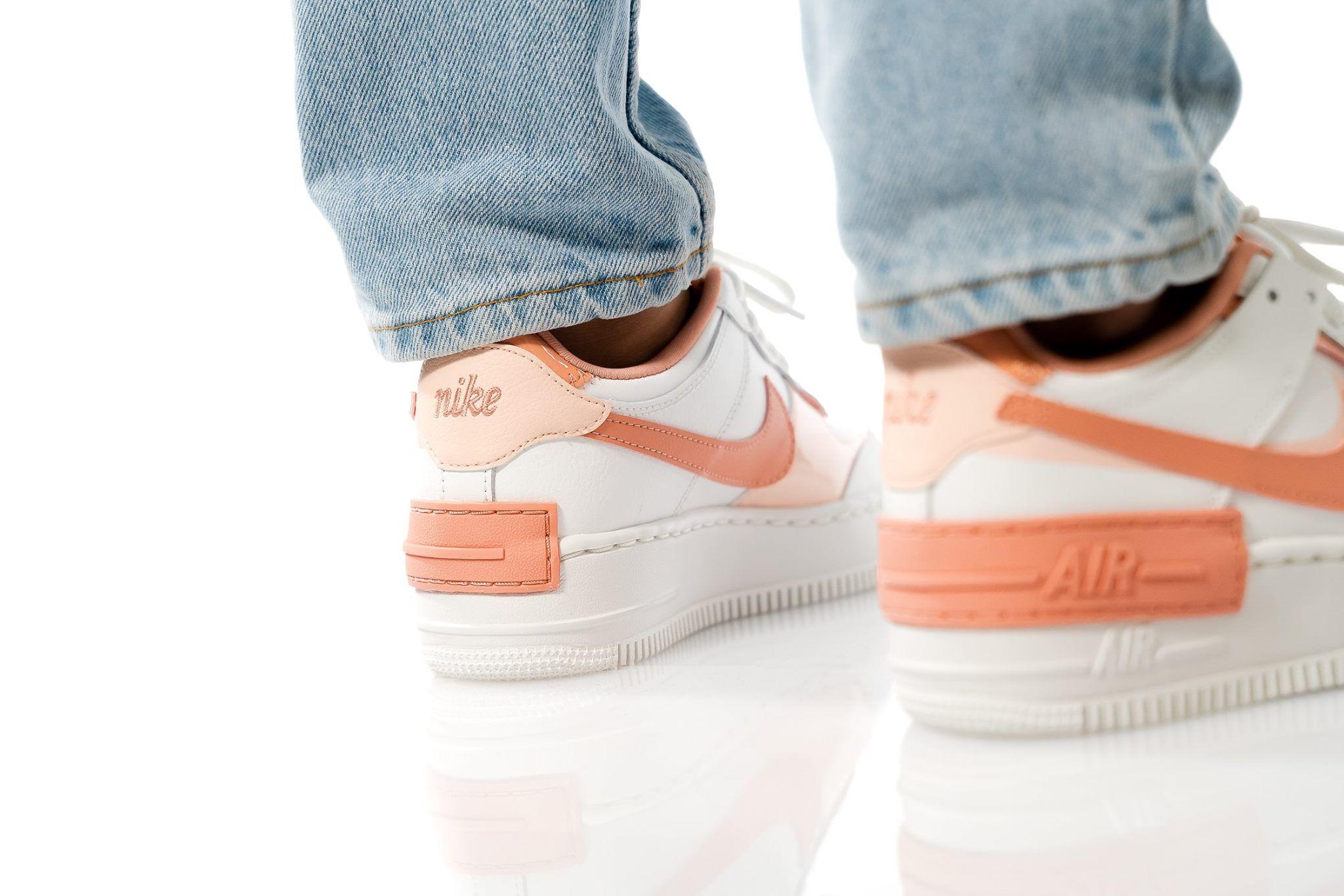 Pin auf Sneakers Damen #sneaker #schuhe #frauen
