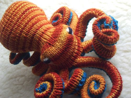 Octopus Knitting Pattern : Flushed Octopus Coral reefs, Coral and Crochet