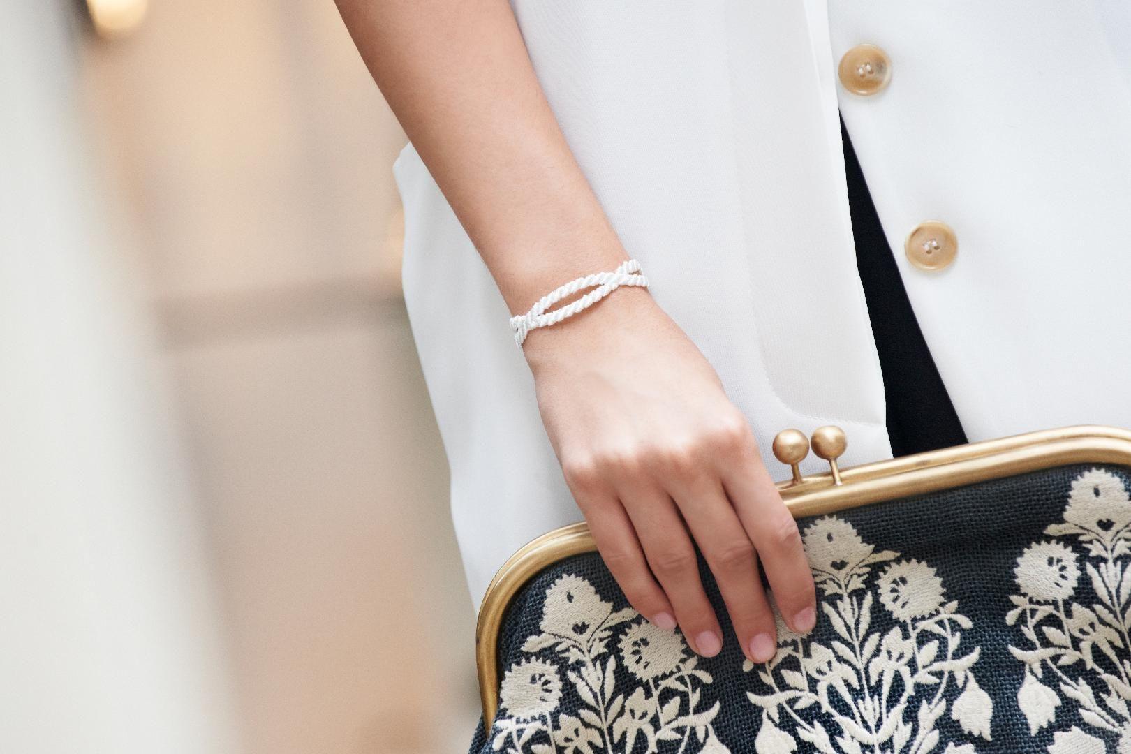 Beautiful Missiu Love Lace Bracelet. So chic!