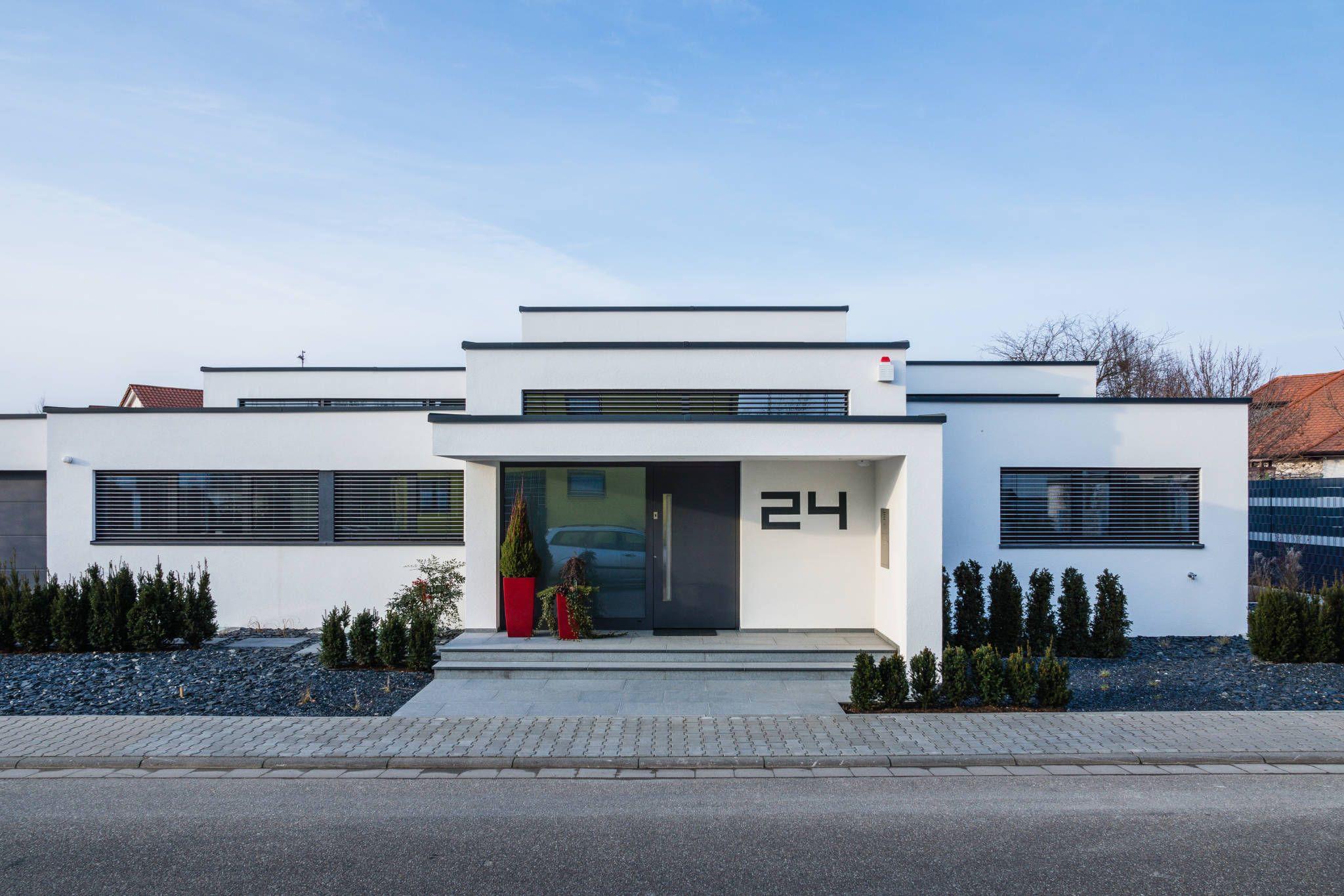 Kaskadenhaus - Einfamilienwohnhaus in Bürstadt : Moderne Häuser von ...