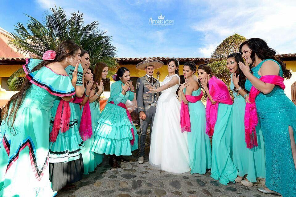 52481774f Boda charra escaramuzas damas novios