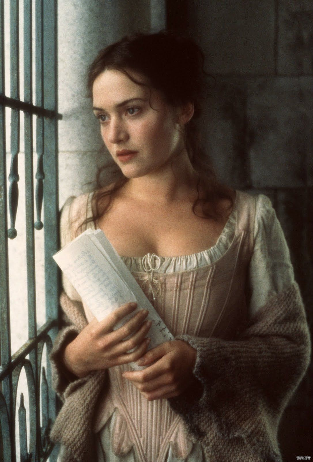 Kate Winslet As Madeleine Maddy Leclerc Quills 2000 The Infamous Writer The Marquis De Sade Of 18th Century France Kate Winslet Portrait Kate