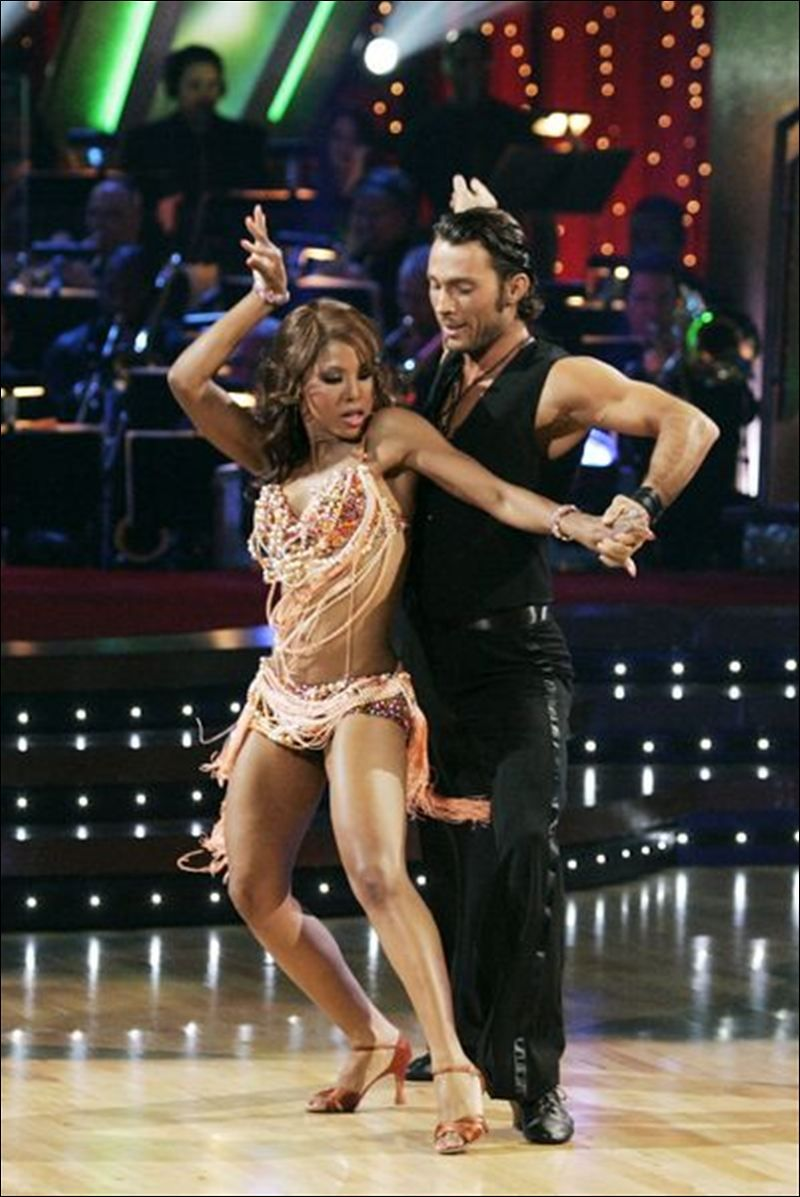 Hookups on dwts who did tony