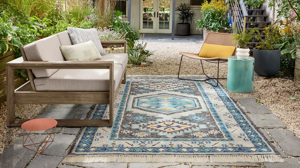 Pendant Indoor Outdoor Rug In 2020 Outdoor Rugs Indoor Outdoor Rugs Outdoor Furniture Sets
