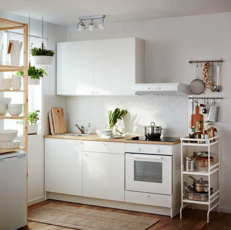 arredare-casa-piccola-cucina-misura-componibile-piano-lavoro-legno ...