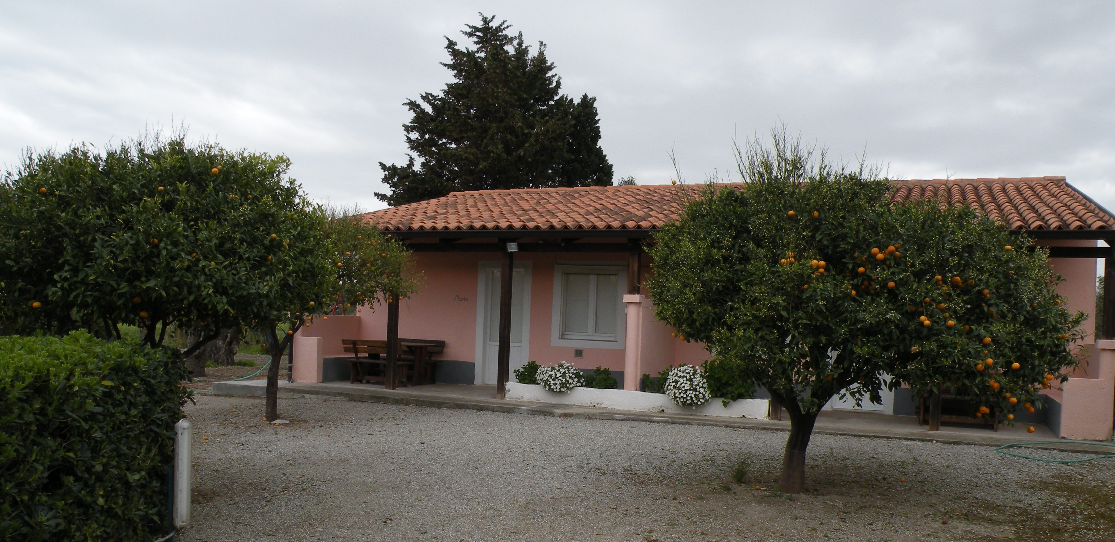 Surrounded by the green countryside, there are the nice apartments of Rosa and Maria