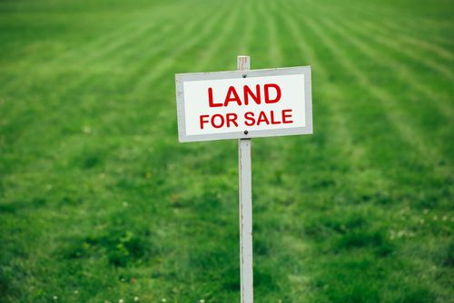 You can #invest in many types of land, including: farmland, ranchland, investment properties, and development land. https://goo.gl/Yypymf
