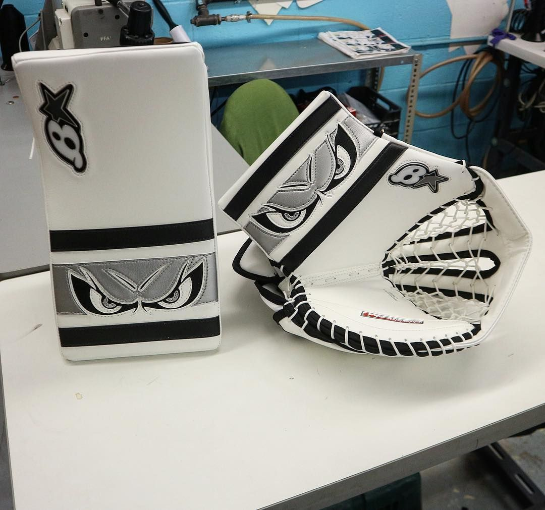 Pin by Nathan on Pad-miration   Goalie pads, Hockey goalie, Hockey