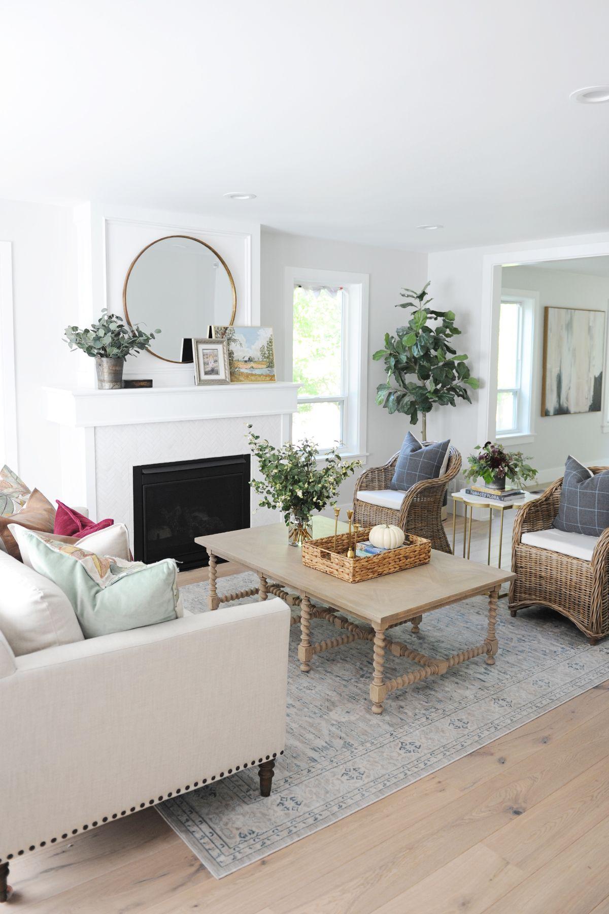 30 Beautiful Fall Home Decorating Ideas Home Decor Autumn Living Room Room Decor