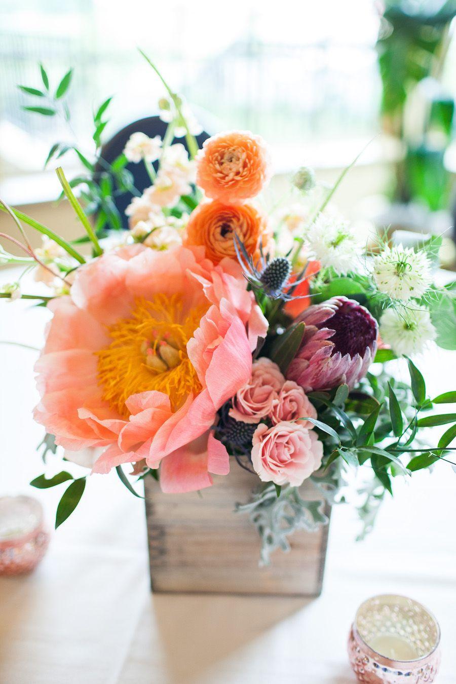 Wedding Spotlight | Lauren + Ray | Interview with the bride | Pewter and navy palette, romantic, boho wedding | #RealWedding #cincinnati #cincywedding #kenwoodcountryclub #customstationery #stationery #navy #pewter #gray Photos @nathan0227
