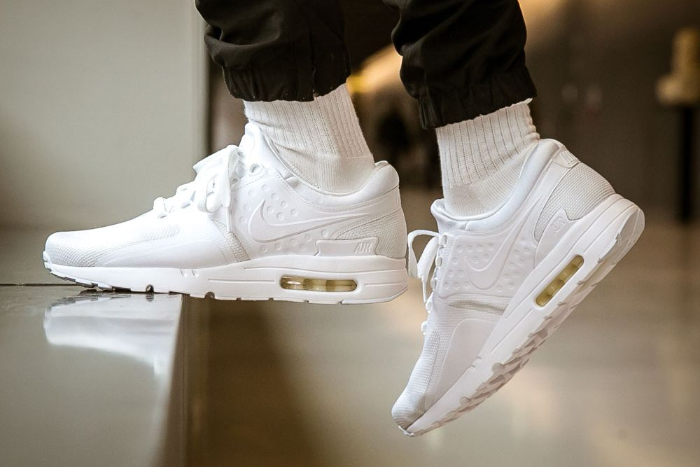 Nike Drapes the Air Max Zero in a Crisp All White Colorway