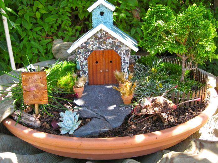 dekoideen mini garten gartenweg häuschen minibäume | garten, Garten dekoo