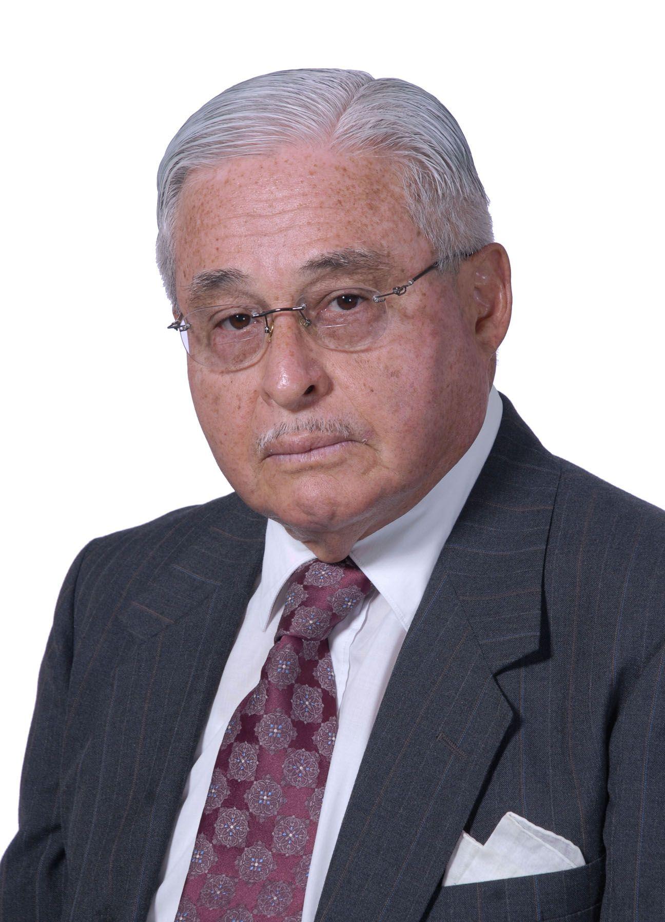 Otorgan Premio Joaquín Vargas Coto 2016 a Álvaro Madrigal Castro