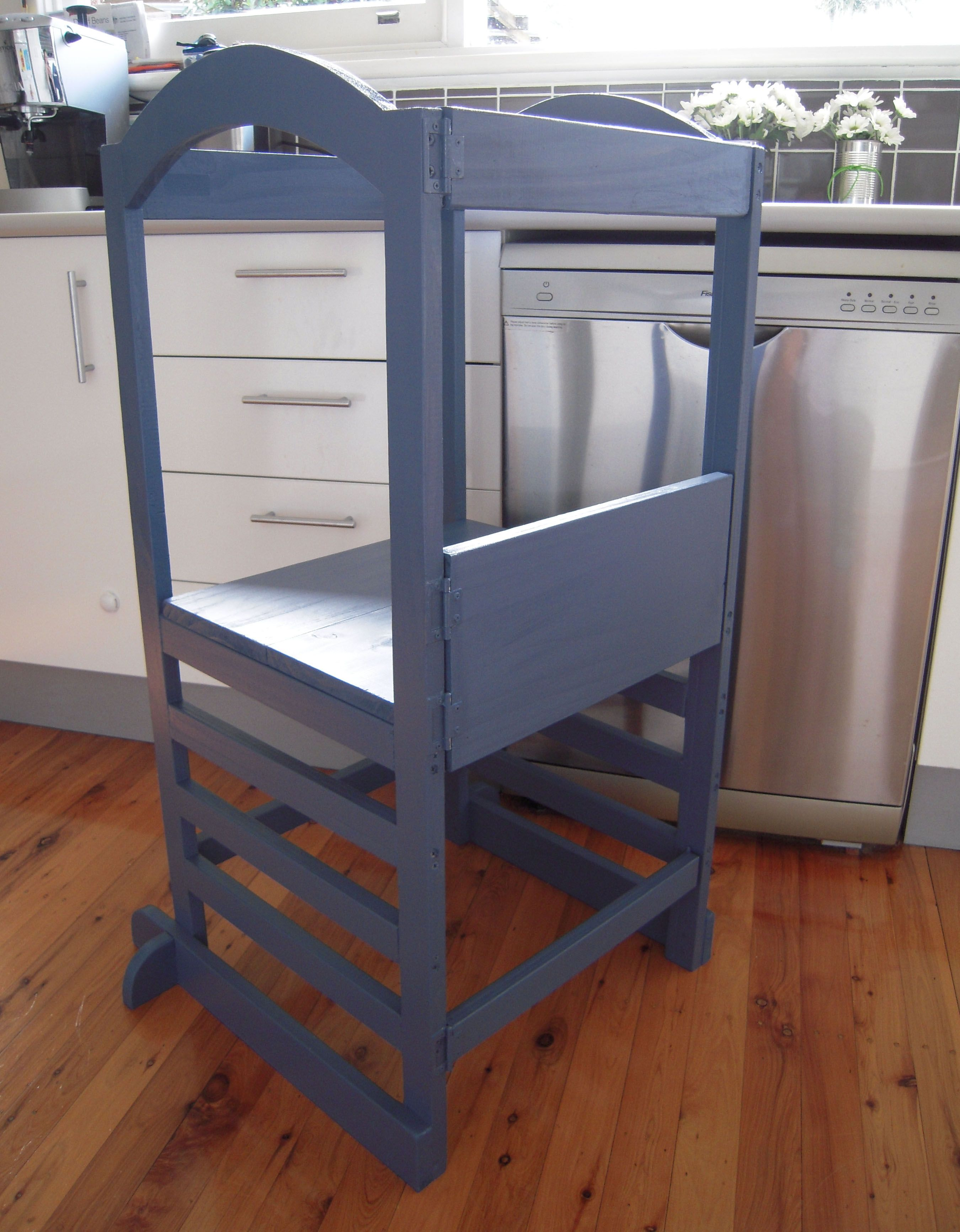 Friday Flashback - A Safe Way For Kids to Reach The Kitchen Bench ...