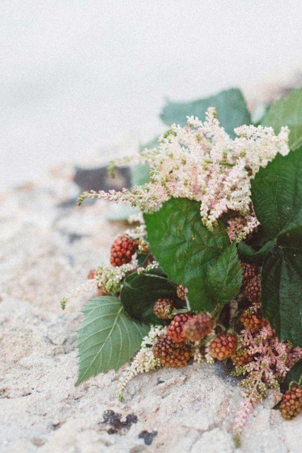 berry + astilbe bouquet | via coco+kelley