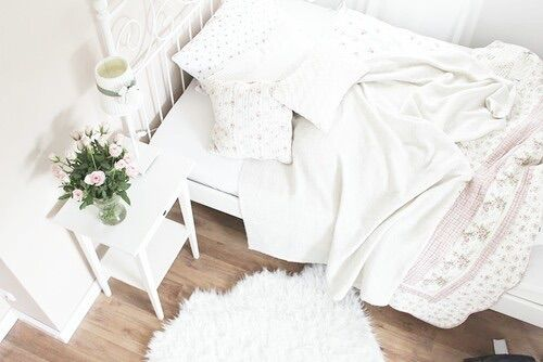 Image via We Heart It https://weheartit.com/entry/141029334/via/8672302 #bed #chic #cozy #cute #deco #decoration #diy #Dream #fall #girl #girly #happy #home #ikea #inspiration #love #messy #princess #room #roses #tips #tumblr #white #winter #hic #inspiat