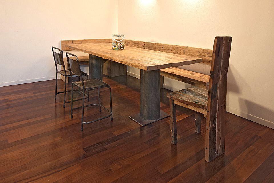 Tavolino Industrial ~ Tavolo industrial caratterizzato dalle gambe in ferro a tubo e il