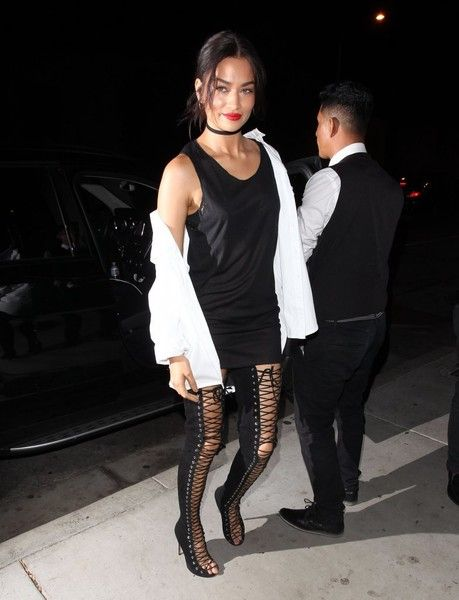Shanina Shaik Photos Photos - Celebrities enjoy a night out at Catch LA in West Hollywood, California on September 29, 2016. - Celebrities Enjoy a Night at Catch LA