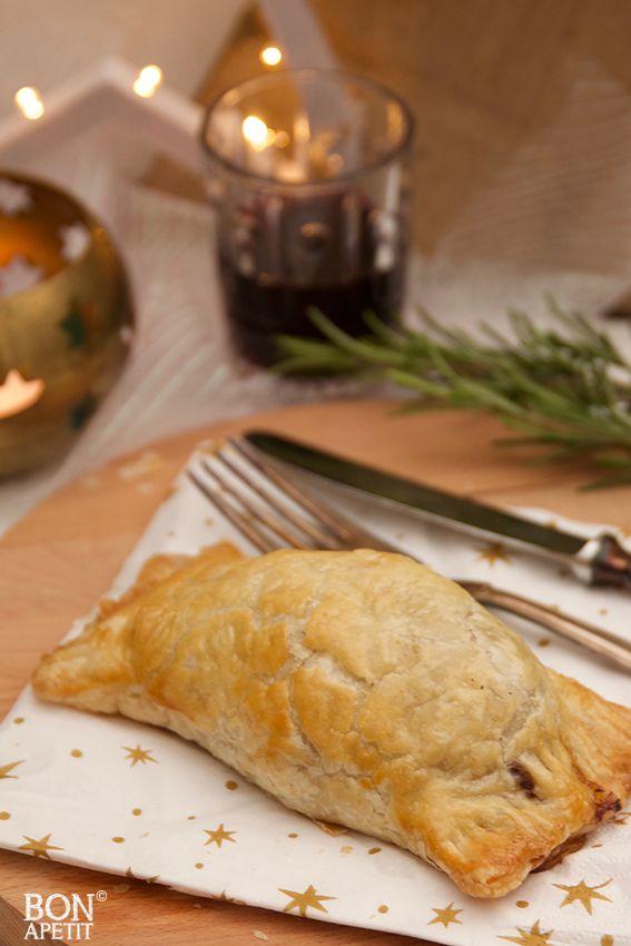 Wat een feest met deze overheerlijke mini beef Wellington. Lekker voor met de feestdagen, dat wordt smullen voor groot en klein. Lees verder op BonApetit!