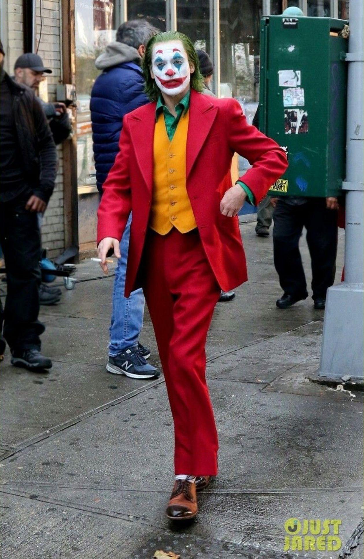 Pin by Chris Burke on joaquin joker Joker, Joker suit