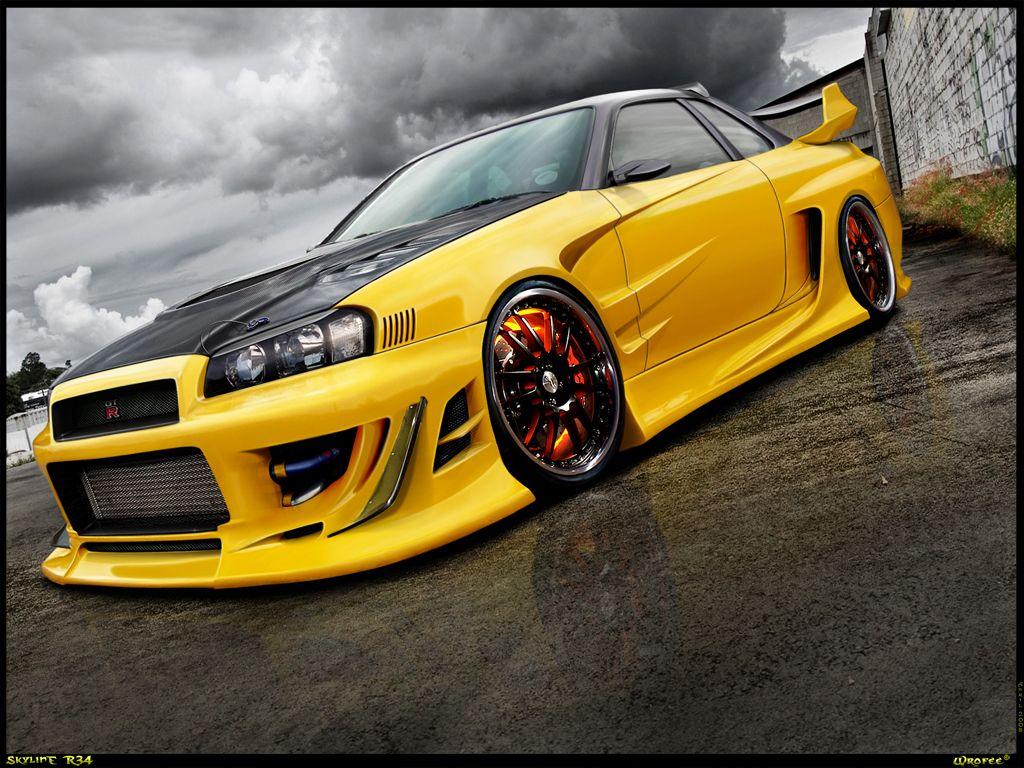 Yellow Skyline R34