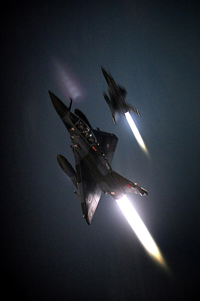 Mirage 2000N, afterburners lit