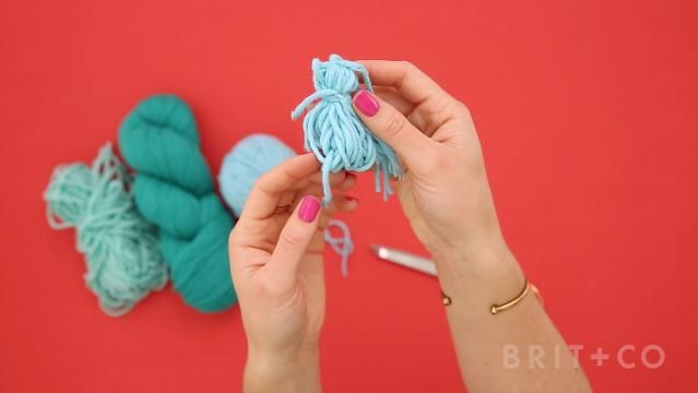 Photo of Everything You Need to Know About DIY-ing Tassels