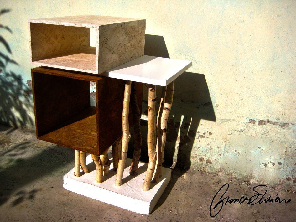 Scaletta Sgabello ~ Sgabello basso in legno massello con poggiapiedi corktown