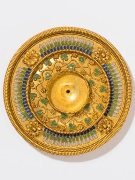 An antique gold and enamel brooch, by Giacinto Melillo, Naples, 19th century. 5cm diameter. #Melillo #antique #brooch