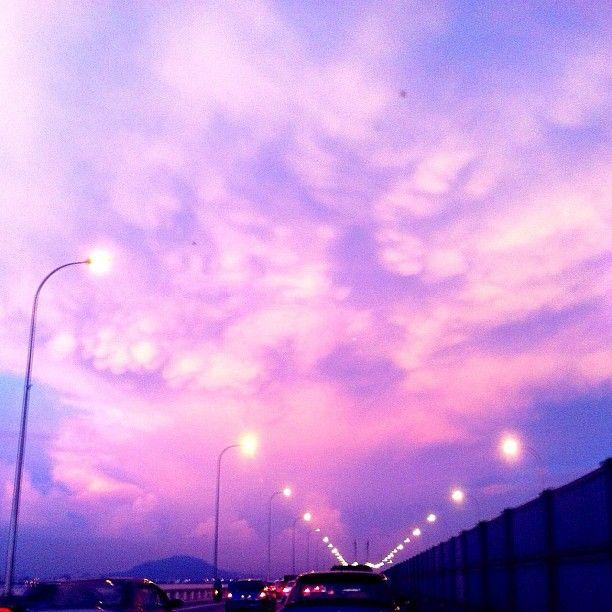 Sky in  - @qiaoshuen- #webstagram