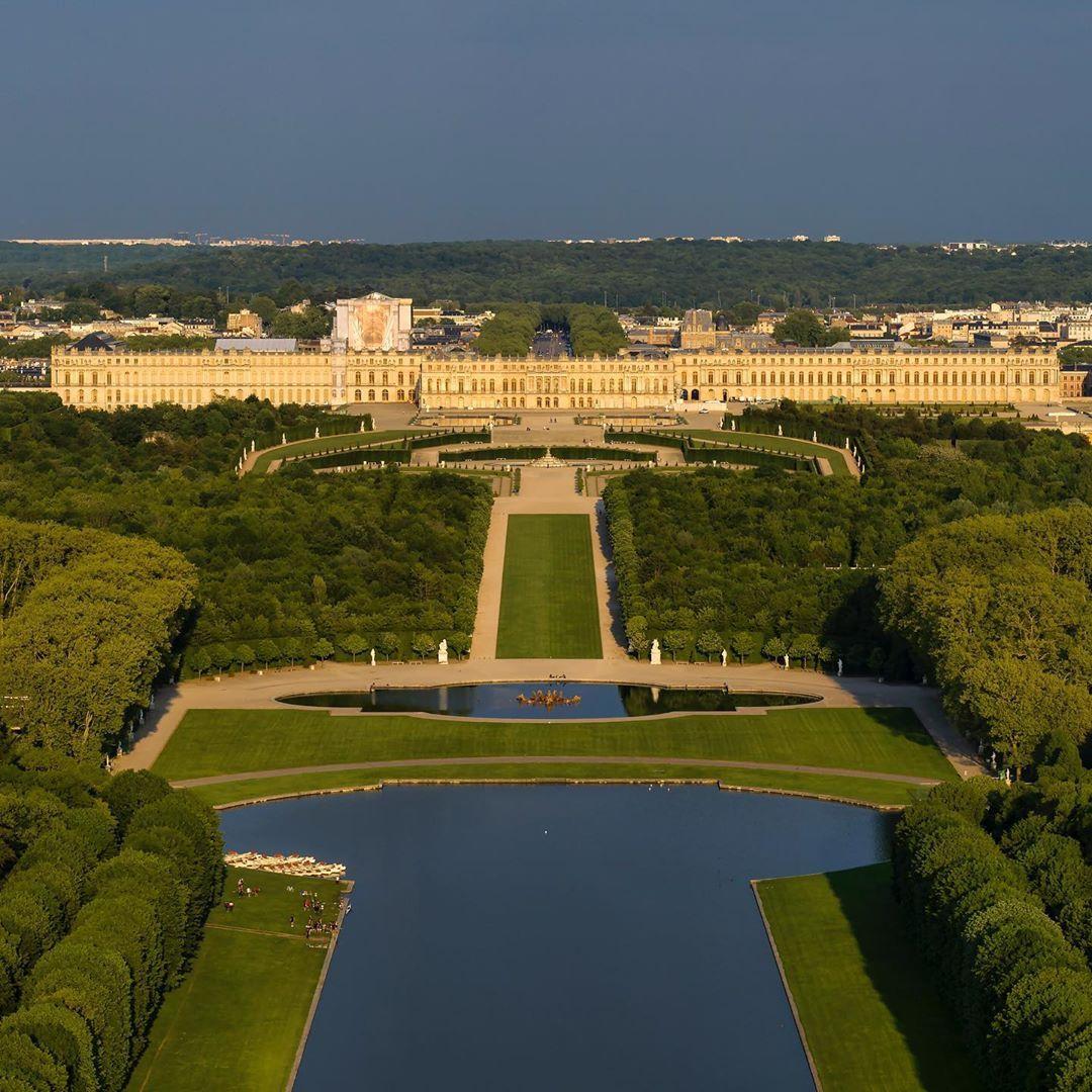 Epingle Par Clementine Sur Nuinui En 2020 Chateau Versailles