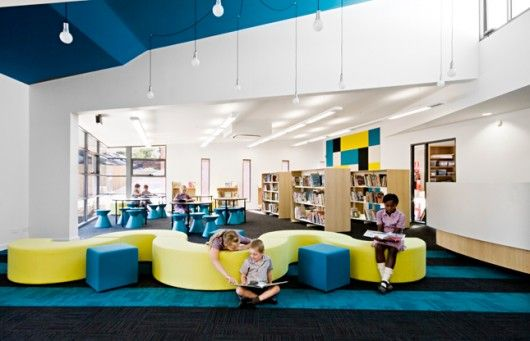 Curved Seating Allows Many Users Uses From Independent To Group Interior Design School School Library Design Library Seating