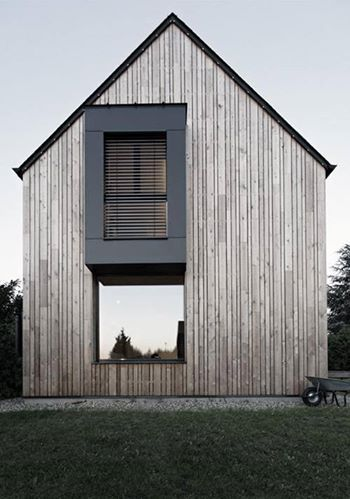 Timber cladding barn style minimalist house modern home for Minimalist house materials