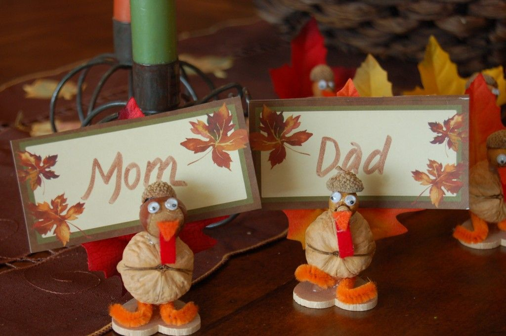 kid friendly craft thanksgiving turkey place card holders