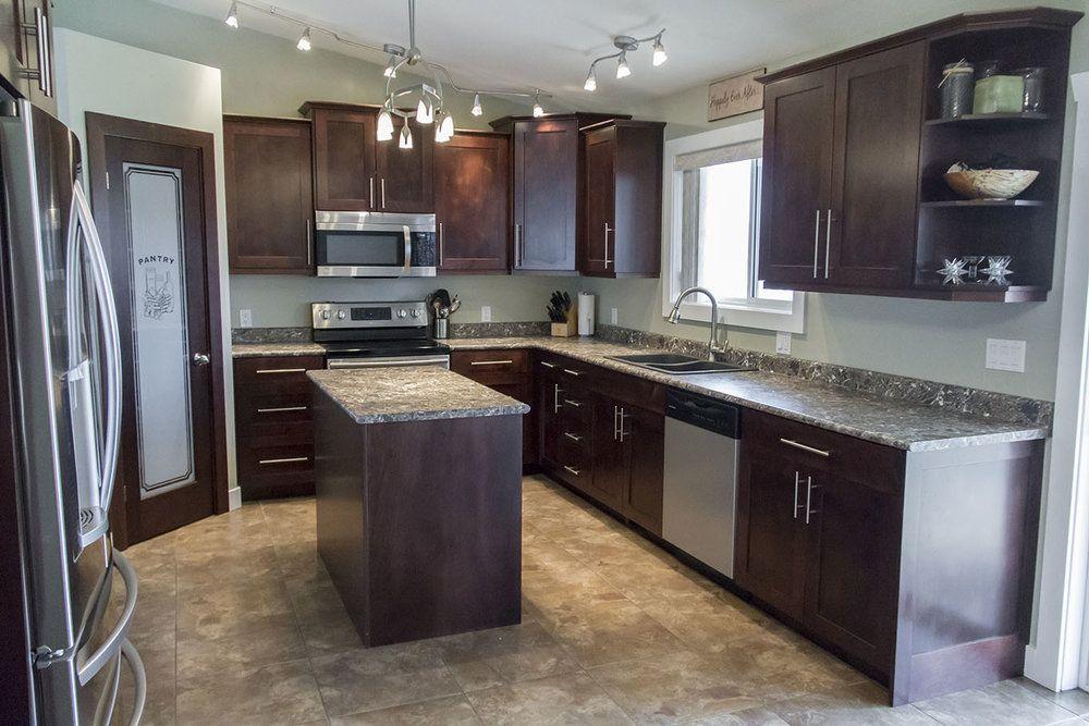 Best Elizabeth Lake Ridge Kitchen Cabinetry Kitchen Kitchen 400 x 300